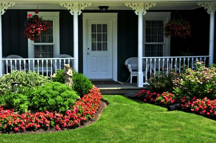 Small Front Yard Landscaping Pictures - Home Garden Joy